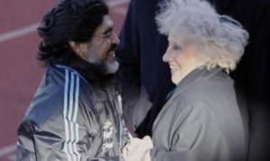 """Estela de Carlotto: """"Maradona fue valiente, honrado, respetable y bueno"""""""