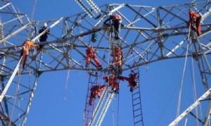 El gobierno paralizó obras eléctricas de alta tensión y ya hay 150 despedidos en Balcarce