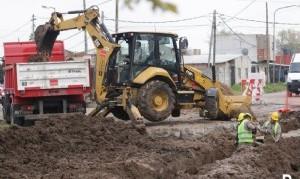 Lanús: Avanza el plan de bacheo en el límite con Lomas de Zamora