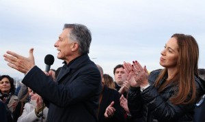 """Macri, de campaña: """"Se terminaron más rutas que en los últimos 65 años"""""""