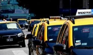 Buscan medidas para proteger a los taxistas