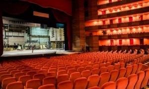 Al aire libre o salas bien ventiladas: así funcionarán los espectáculos teatrales durante el verano