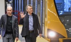 Denuncian a Macri y a Larreta por la compra de vagones de subte con asbesto