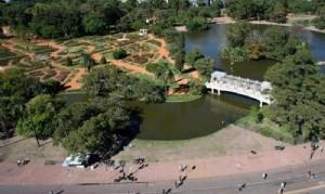 Instalarán baños públicos en parques