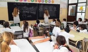 El Gobierno porteño reclutó más de 1300 maestros extranjeros para dar clases en la Ciudad