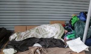 Proponen entregar viviendas a homeless