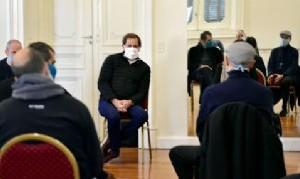 Garro encabezó un nuevo encuentro del comité de crisis local para profundizar acciones en barrios platenses